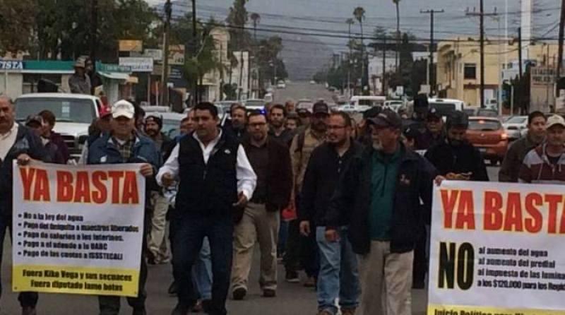 protesta-eda-ley-del-agua-bc