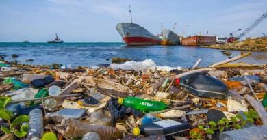 4V RADIO DIÁLOGOS: ¿Qué hacer con el plástico?