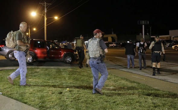 """Oath Keepers"" Show up in Ferguson, MO"