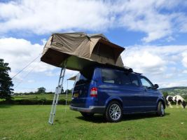 0100309_3-man-expedition-roof-tent-with-annex-for-4x4s-vans-motorhomes