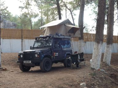 0100323_3-man-expedition-roof-tent-with-annex-for-4x4s-vans-motorhomes