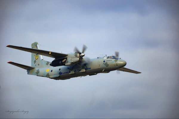 """""""Тандем двох Ан-26"""": як морпіхи десантувалися з повним ..."""