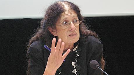 Françoise Mileswski aux Assises de l'IEC le 24 octobre 2011 © IEC