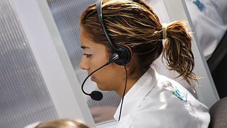 Opératrice dans un centre d'appel © La Photo libre