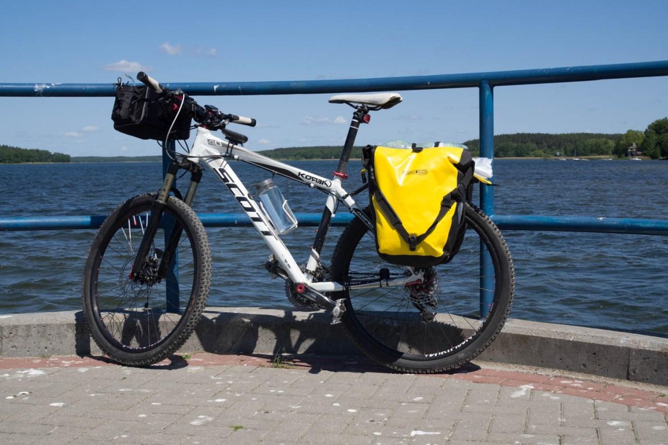 """""""Biały"""" nad jeziorem Charzykowskim. Było ciepło choć momentami wietrznie."""