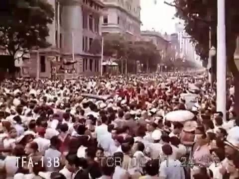 Carnaval de rua na cidade que ainda era capital do Brasil