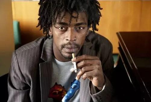 O cantor carioca, de 42 anos, mudou-se para Los Angeles  este mês