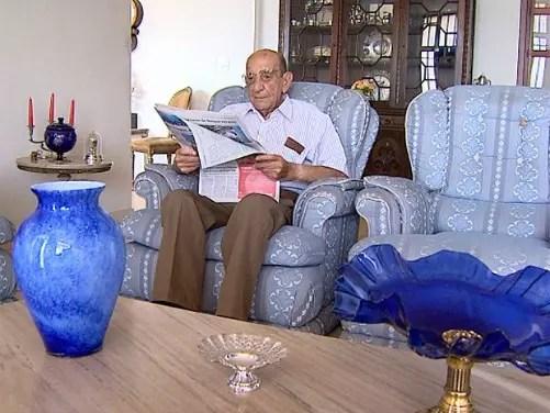 José Inácio, 103 anos, faz exercícios e lê o jornal inteirinho toda manhã