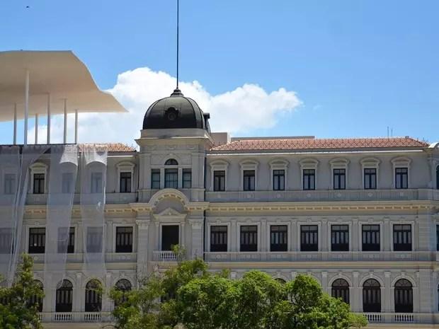 O Museu de Arte do Rio fica no centro da cidade, na Praça Mauá