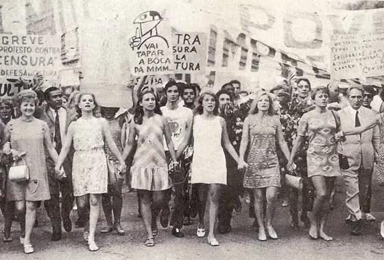 passeata contra a censura, no Rio de Janeiro, em 1968: Eva Todor, Tônia Carrero, Eva Wilma, Leila Diniz, Odete Lara, Norma Bengel
