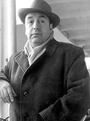 O  poeta chileno,  morto em 1973
