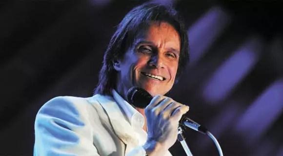 O cantor se desgastou com a questão das biografias não autorizadas