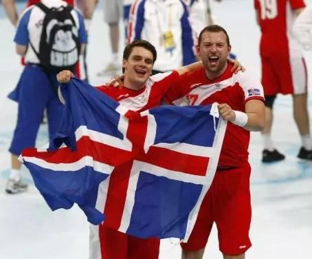 Os homens nascidos na Islândia são os que vivem mais