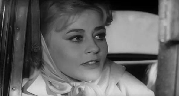 A atriz, belíssima, no início da carreira, antes de se exilar em Paris