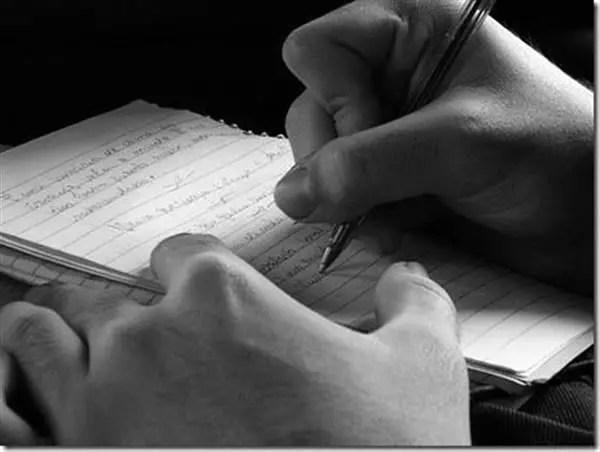 O ato da escrita tradicional está cada vez mais escasso