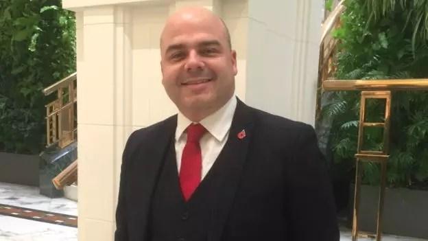 Fabiano Ferreira comeu o páo que o diabo amassou antes de se tornar gerente de banco
