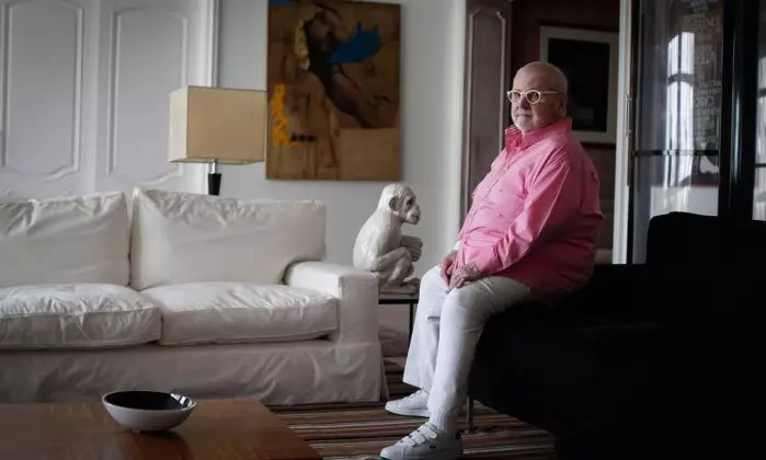 Em sua  casa, em São Paulo: apresentador comanda seu programa há 16 anos