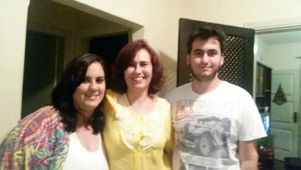 Com os filhos, Nathalia, 30, e Matheus, 23. Adriana é divorciada