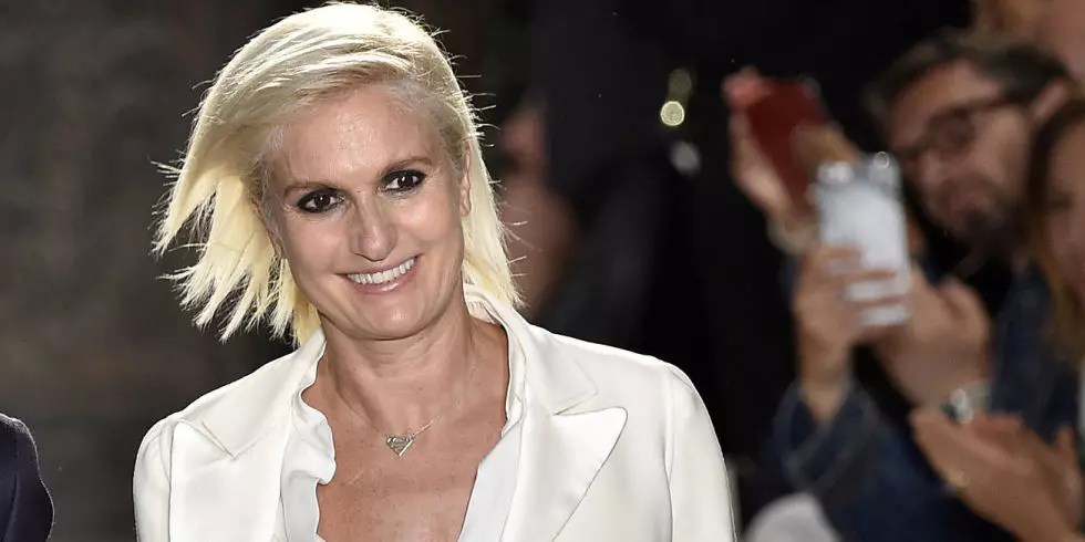 Maria Grazia Chiuri, 52, é italiana, trabalhava para Valentino