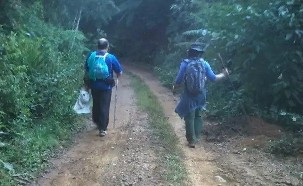 Os dois levaram 32 dias para percorrer uma distância maior do que a do Caminho de Santiago, na Espanha