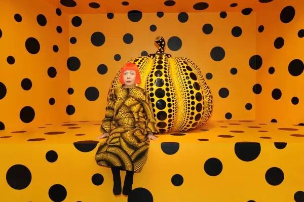 A artista japonesa é chamada de a princesa das bolinhas