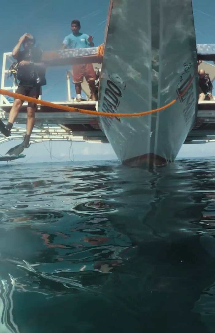 Scuba diving Malapascua