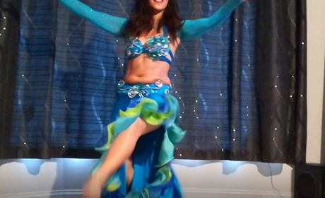 Bellydancing With Naama On Zoom For The Over 50s