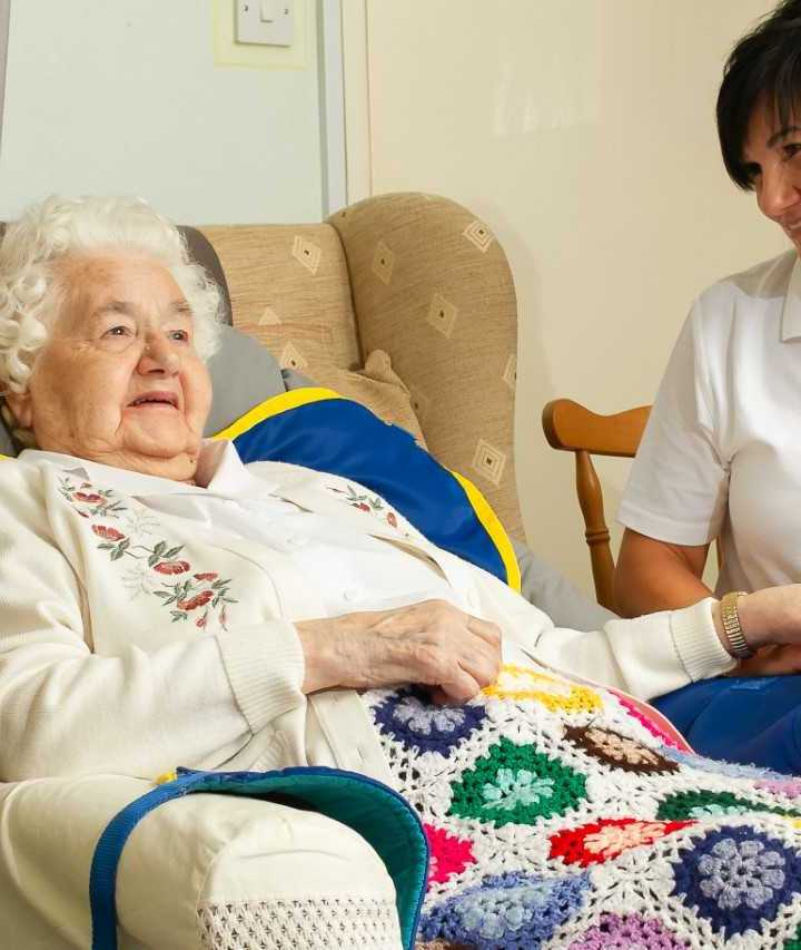 Live-in care provider calls for joint action to bring hope and ease the feeling of loneliness during this festive season