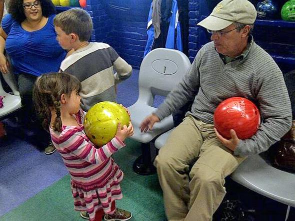 Kids Bowl Free at Albany Bowl this summer