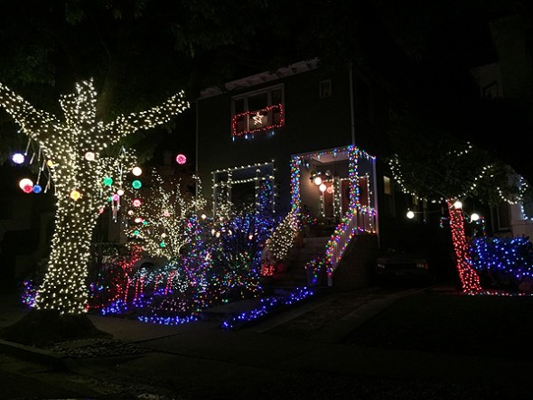 Best Christmas Lights in Berkeley
