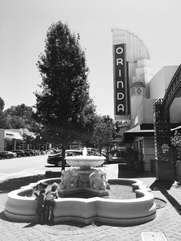 Orinda Theatre Square