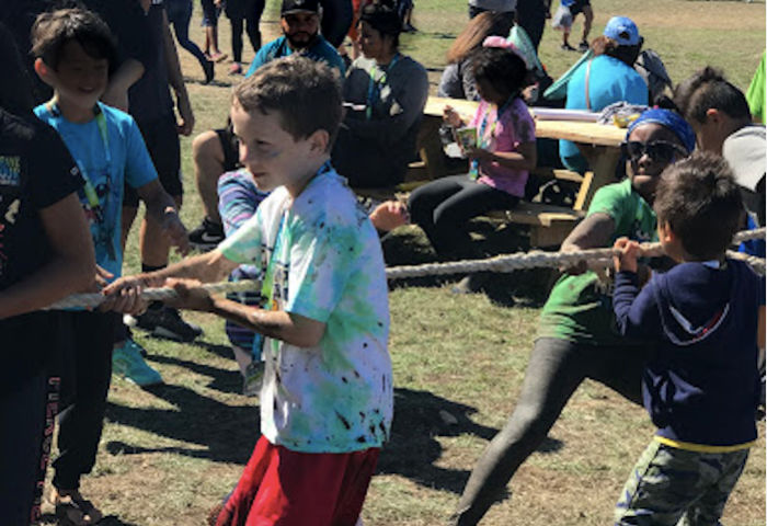 Kids Obstacle Course Challenge tug of war