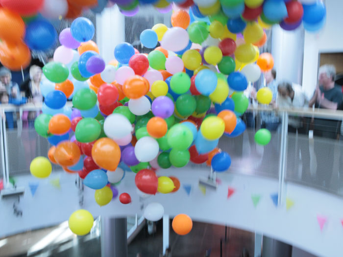 Chabot Space balloon drop for NYE