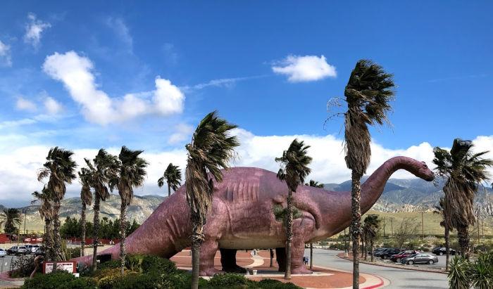 cabazon dinosaur near palm springs