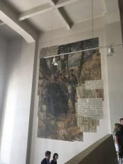 Wandbild im Treppenhaus vor der Ausstellung zur Sowjetzeit