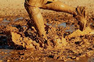 Mud race, running, challenge