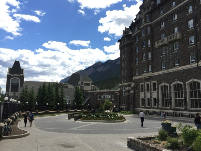 where to stay in Banff National Park