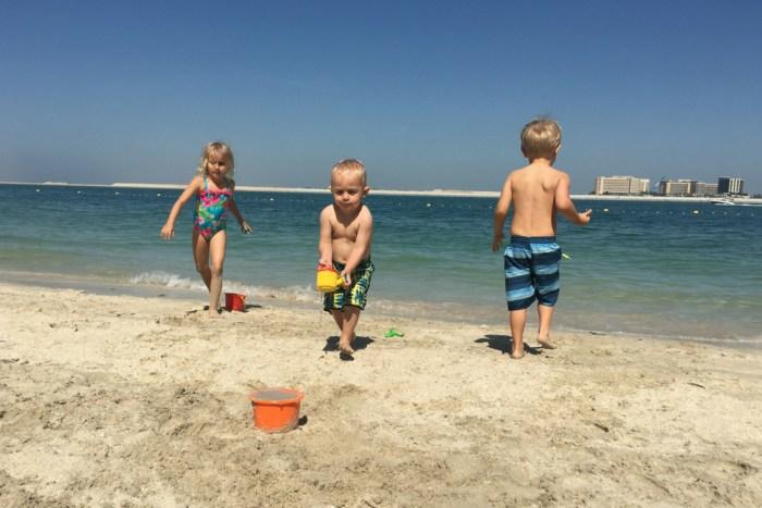 Expat Abu Dhabi