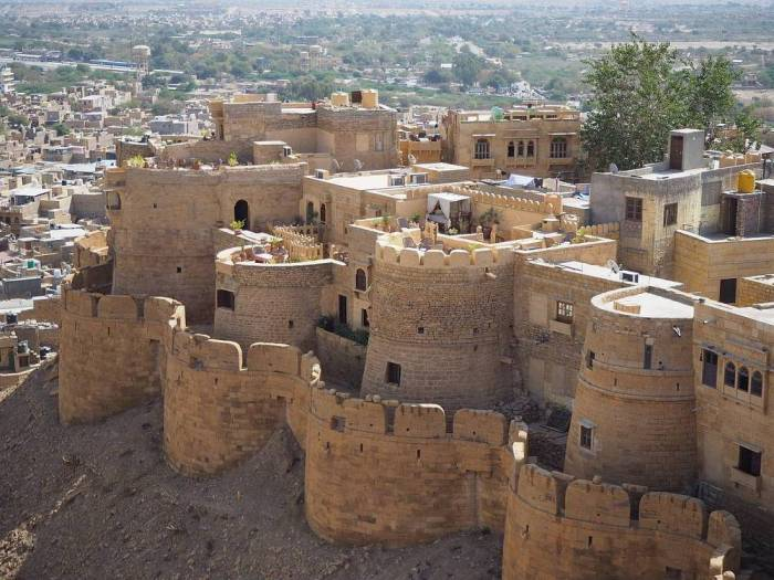 where to stay in Jaisalmer
