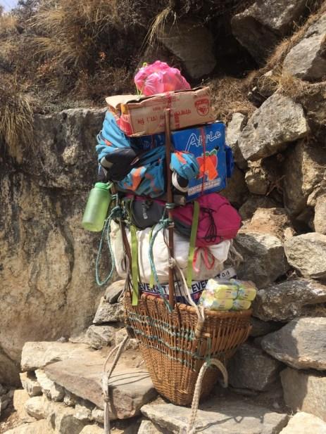 porter loads Nepal