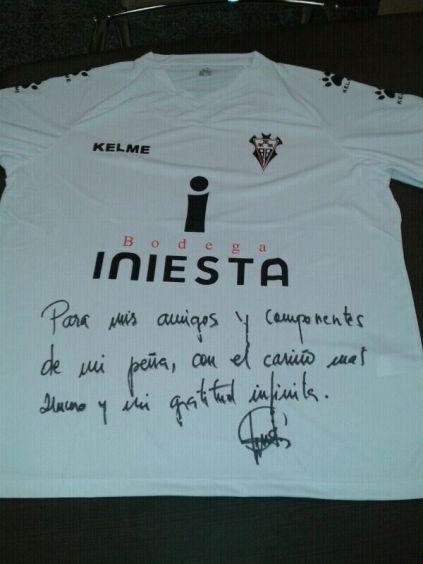 Camiseta firmada para laPeña Ginés Meléndez
