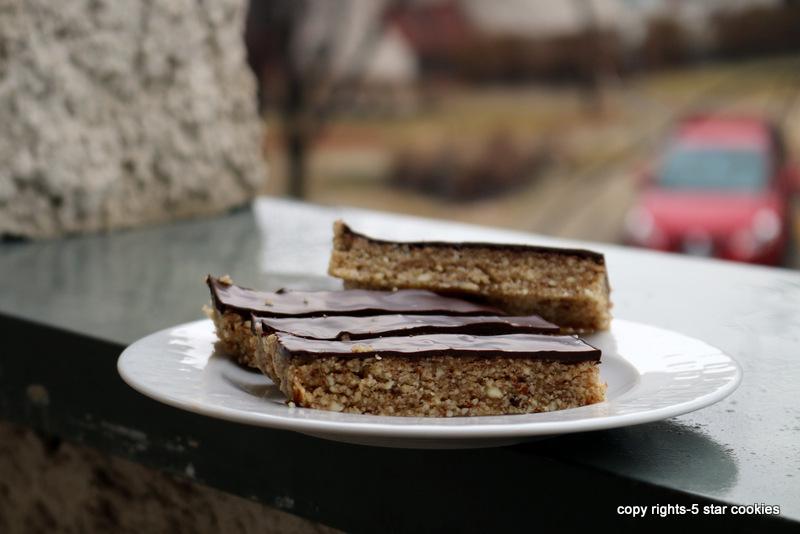 almond bars 186