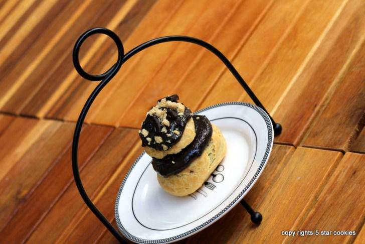 5 star cookies oreo cream puffs balcony