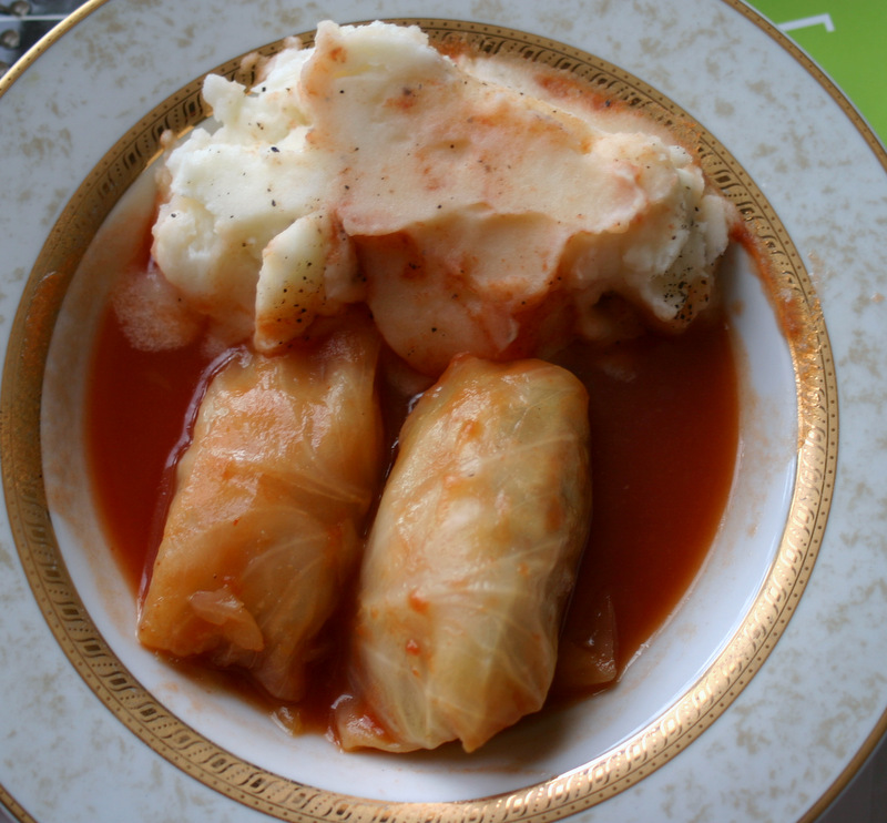 cabbage rolls and mashed potato for 5starcookies food blog