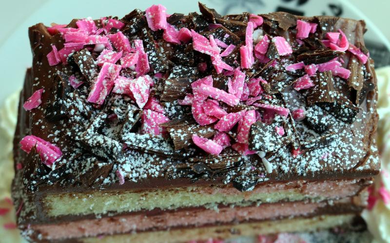 Pinky Love Cake of the best food blog 5starcookies