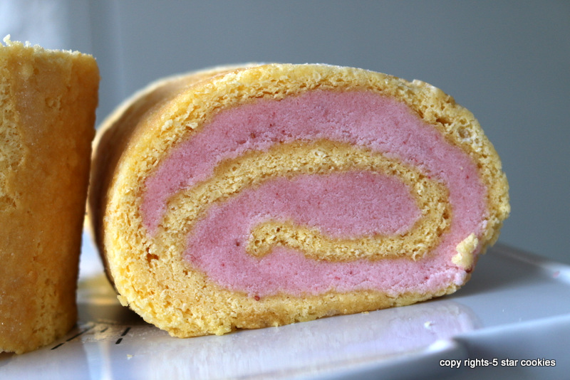 strawberry buttercream roulade from the best food blog 5starcookies