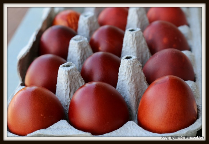 naturally dyed eggs using onion skin 5starcookies food blog - dozen eggs