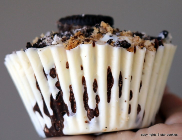 Homemade Crunch Chocolate Cups your Bond Food from the best food blog 5starcookies -Make it for your dream or imaginary man