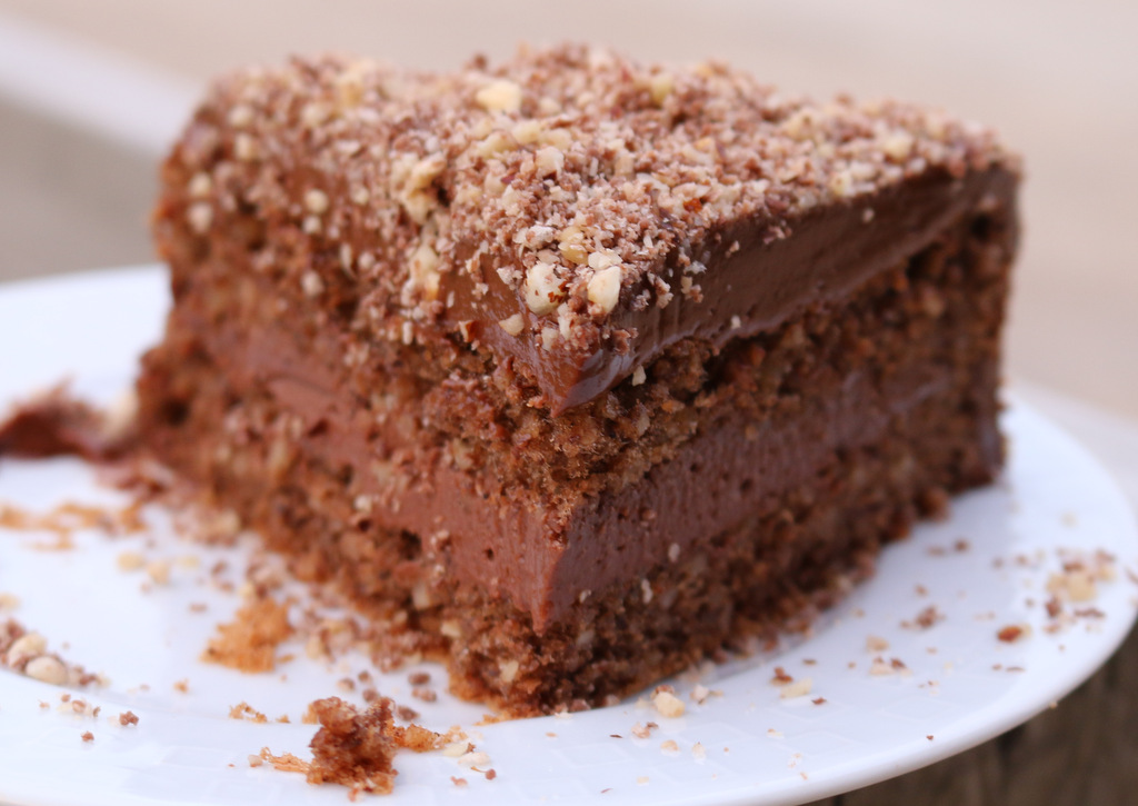 Ferrero Rocher Torte from the best food blog 5starcookies