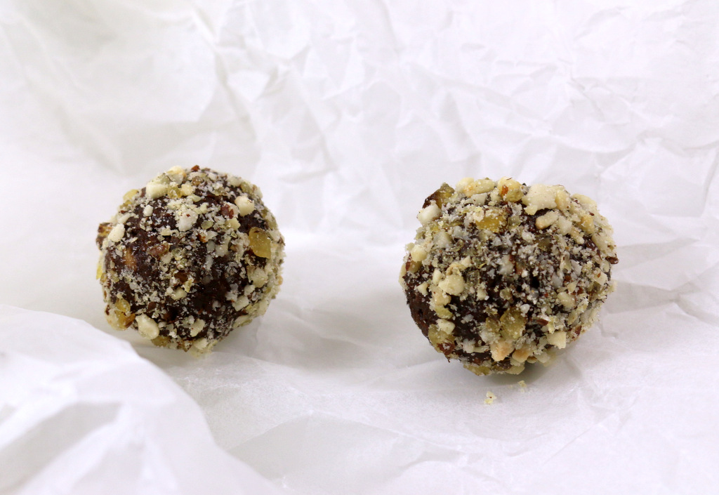 Coffee Chocolate Bombs from the best blog 5starcookies